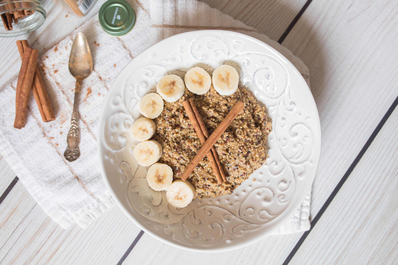 Cinnamon Banana Quinoa-Hemp Oatmeal